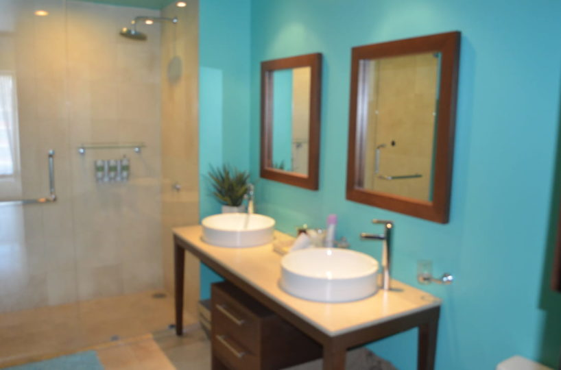 Bathroom Icon Vallarta Beachfront Condo For Rent