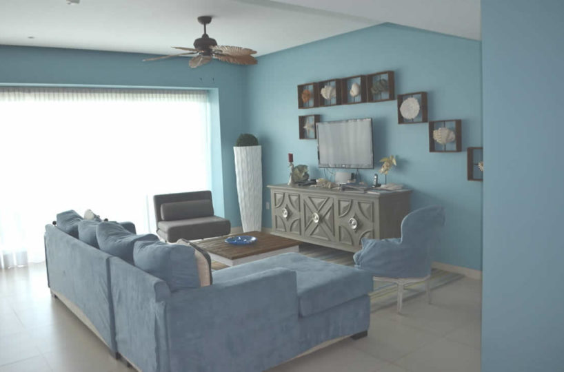 Living room Icon Vallarta Beachfront Condo For Rent