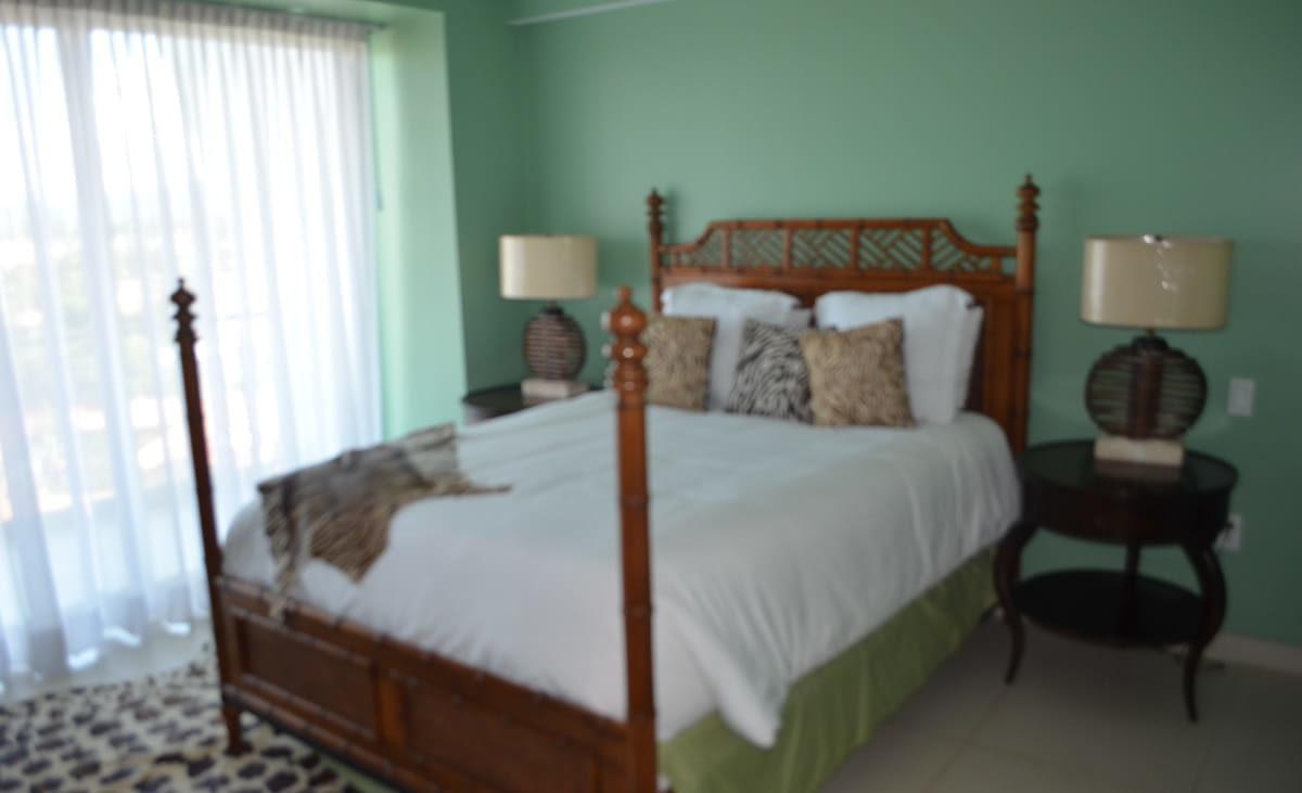 Master room Icon Vallarta Beachfront Condo For Rent