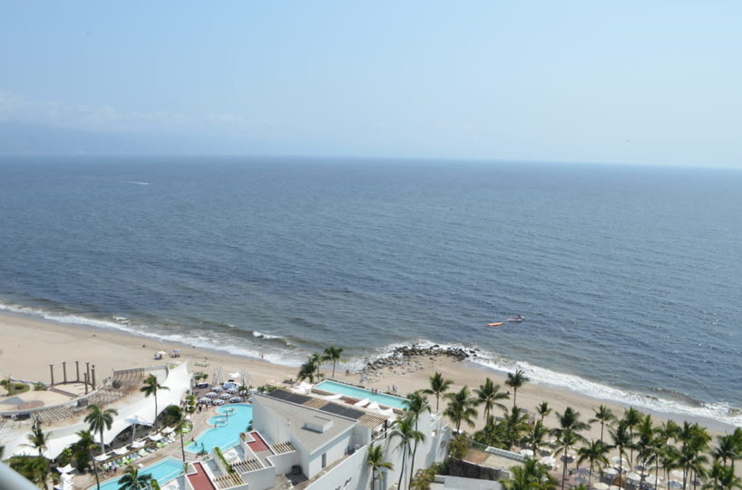 Ocean terrace view Condo for rent Icon Vallarta