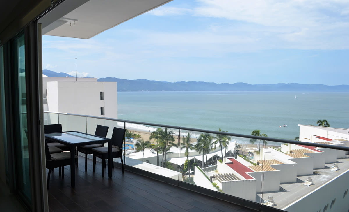 Terrace Icon Vallarta Luxury Condo Rentals