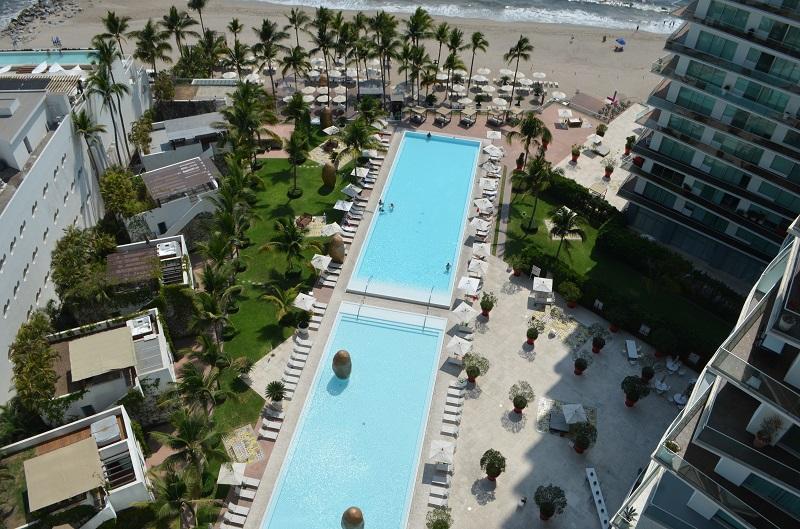 Amazing beach front condo for rent icon vallarta view 1-1802