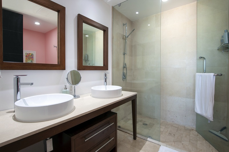 bathroom-amazing-beach-front-condo-for-rent-icon-vallarta-view-1-1802