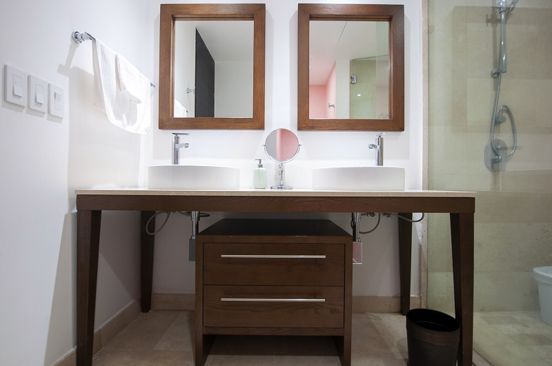 bathroom2-amazing-beach-front-condo-for-rent-icon-vallarta-view-1-1802