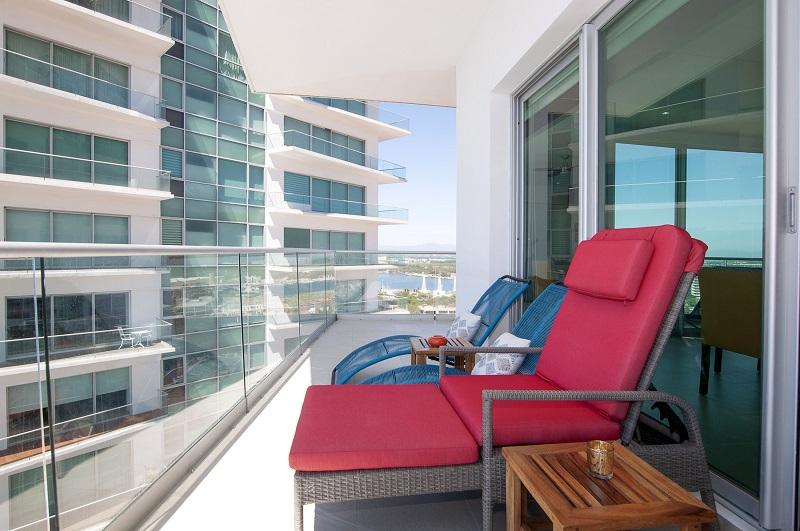 deck1-amazing-beach-front-condo-for-rent-icon-vallarta-view-1-1802