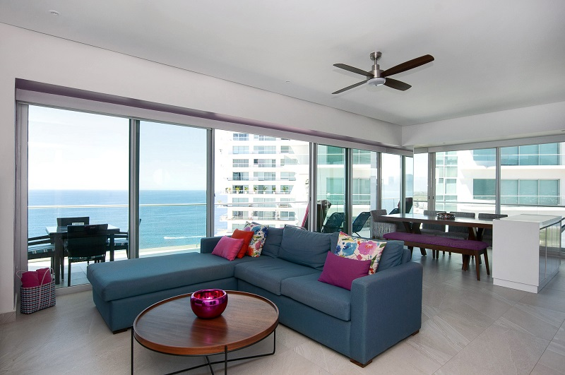 livingroom-amazing-beach-front-condo-for-rent-icon-vallarta-view-1-1802