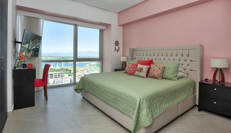 masterbedroom-amazing-beach-front-condo-for-rent-icon-vallarta-view-1-1802